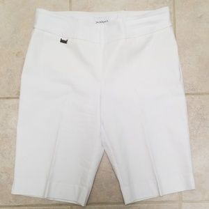 NWOT Peck and Peck city shorts white